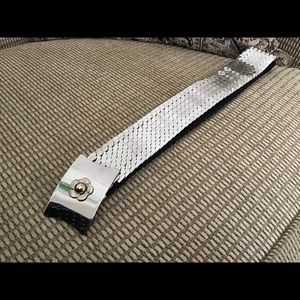 Accessories - 1970's Vintage Silver Metal Holiday Stretchy Belt